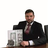 Иван Горанов, Брокер