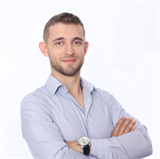 Aleksandar Petkov, Real-estate agent